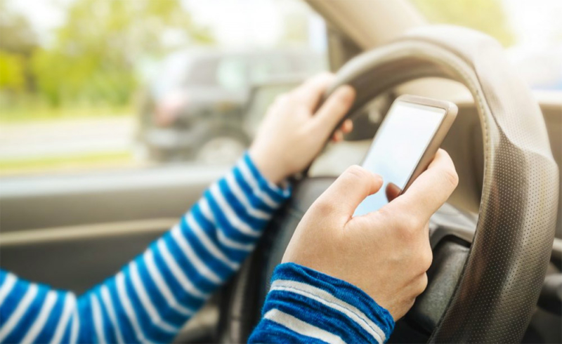 teen-texting-and-driving-accident-auto-accident-attorney-orlando-fl copy